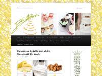   Buttercream Cakes & Desserts